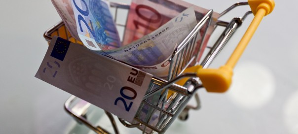 euro notes in a shopping trolley