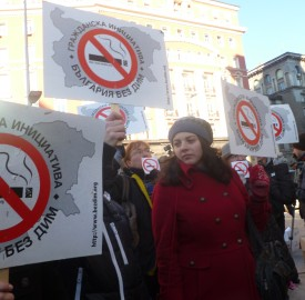 Anti smoking protest outside Bulgarian Parliament in Sofia Photo Clive Leviev-Sawyer