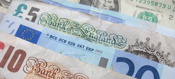 cash pounds euro dollars photo Darren Deans sxc hu