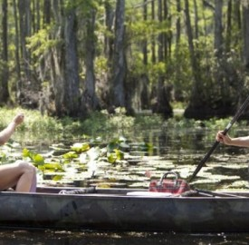 Still of Josh Duhamel and Julianne Hough in Safe Haven. Photo by James Bridges – © 2012 Relativity Media via imdb.com.