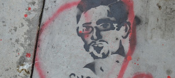 Edward Snowden stencil by Eclair Acuda Bandersnatch. Photo: Steve Rhodes/flickr.com