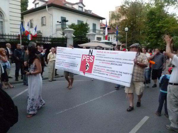 protest bastille cls