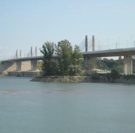 Danube Bridge 2, between Bulgaria and Romania. Photo: Clive Leviev-Sawyer