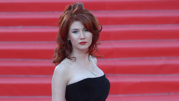 Elbowed aside by Sarah Harrison, or a Russian Mata Hari? Only three months ago, Russian spy Anna Chapman (photo) signaled she was looking for a meaningful relationship with Edward Snowden. Photo: Ria Novosti/Grigory Sysoev