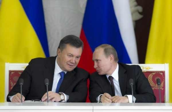 Yanukovch and Russian president Vladimir Putin at the loan and gas deal signing ceremony in Moscow in December. Photo: president.gov.ua