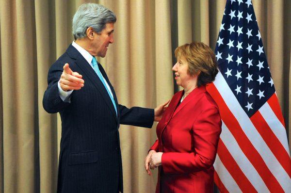 Secretary Kerry Greets EU High Representative Ashton Before Ukraine Talks in Geneva