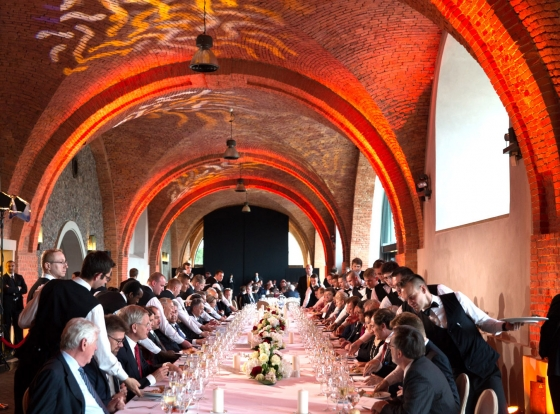 President Barack Obama attends an official Solidarity Dinner hosted by President Bronislaw Komorowski of Poland at the Royal Castle in Warsaw, Poland, June 3 2014. (Official White House Photo by Pete Souza)