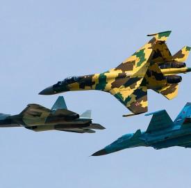 1024px-Sukhoi_Su-35S,_Su-34_and_T-50_flying_together Alex Beltyukov