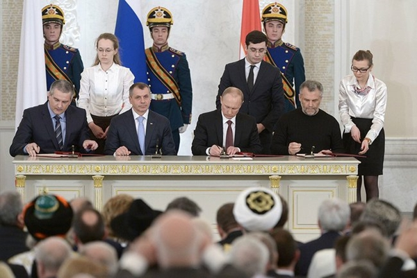 putin-signs-treaty-crimea-kremlin-ru