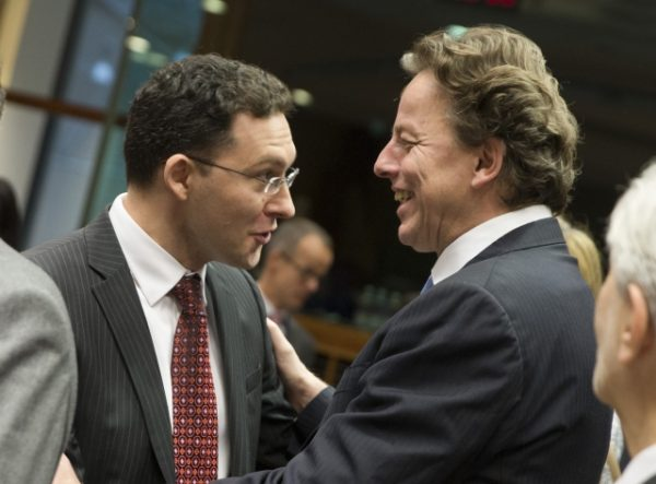 Bulgarian Foreign Minister Daniel Mitov and his Dutch counterpart Bert Koenders
