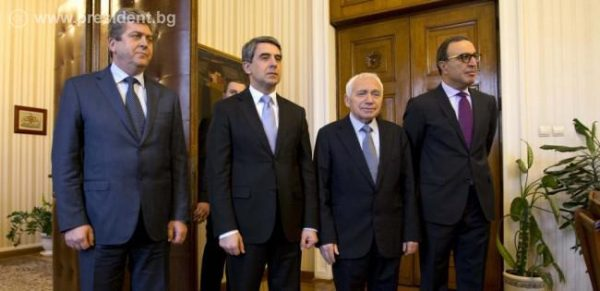 A meeting of the Council of Presidents, convened by President Plevneliev earlier in January 2015. From left, former president Georgi Purvanov, President Plevneliev, former presidents Zhelyu Zhelev and Petar Stoyanov.