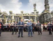 Bulgarian Prime Minister Boiko Borissov, left, with Lukoil CEO Vagit Alekperov at the ribbon-cutting ceremony at the Neftochim refinery in Bourgas on May 20 2015. Photo: lukoil.com