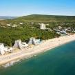 640px-Albena_resort_Boby_Dimitrov