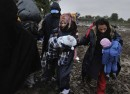 Syrian refugee Mohamed his wife Fatima and their two babies wait in Serbia to cross into Croatia Photo UNHCR Mark Henley