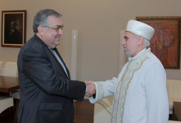 Bulgarian caretaker prime minister Georgi Bliznashki and Chief Mufti Mustafa Hadzhi, September 2014. Photo: government.bg