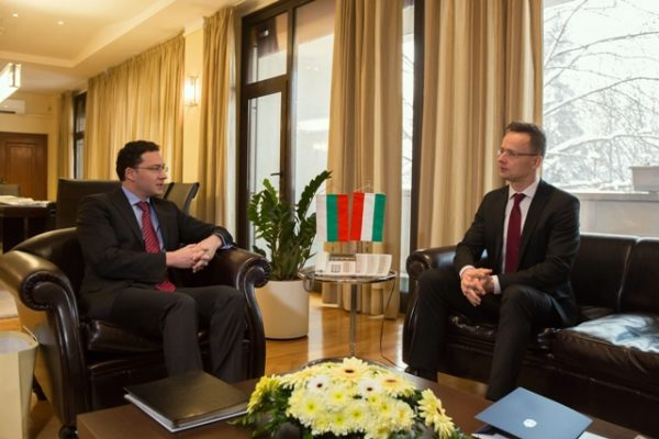 The Bulgarian and Hungarian foreign ministers in talks in Sofia, January 21 2016. Photo: mfa.bg