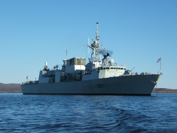 HMCS_Fredericton photo Rick Kelly
