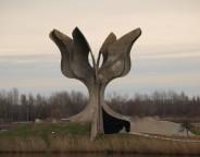 Stone flower monument Jasenovac photo Petar Milošević