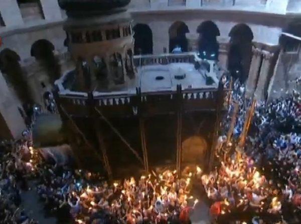 holy sepulchre jerusalem holy fire 7-crop