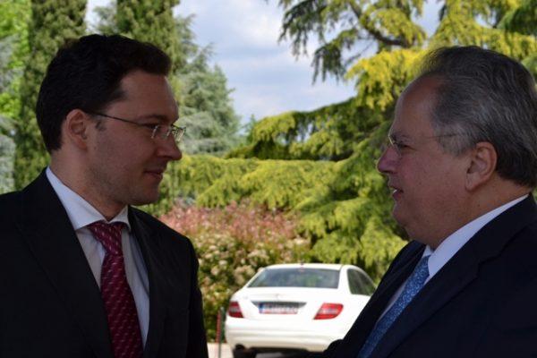 Bulgarian foreign minister Daniel Mitov and his Greek counterpart Nikos Kotzias. Photo: mfa.bg