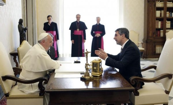 Pope Francis and Bulgarian President Rossen Plevneliev