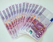 500_Euro_Banknoten photo  Frank Schwichtenberg