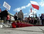 Nationalists demonstrate outside the Presidential Palace in Warsaw L Ramirez VOA