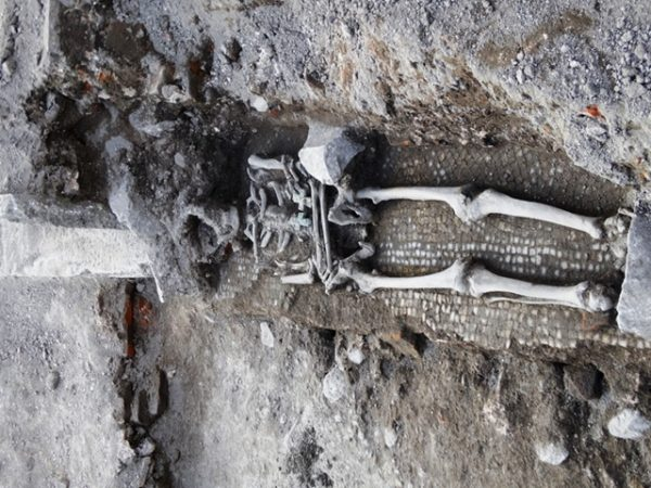 great-basilica-plovdiv-human-remains-2-photo-podtepeto-com