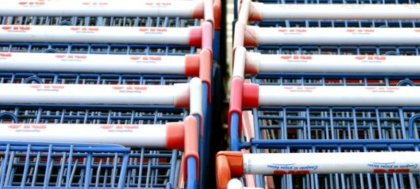 supermarket-trolleys-photo-carlos-sillero-freeimages-com