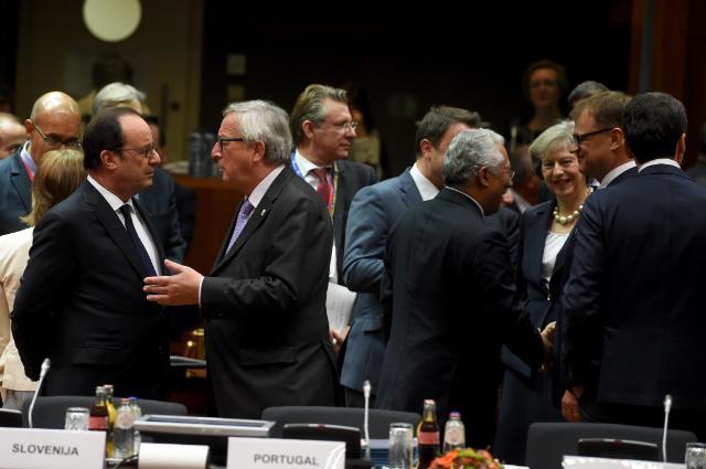 Afbeeldingsresultaat voor photos of eu council oct 2016