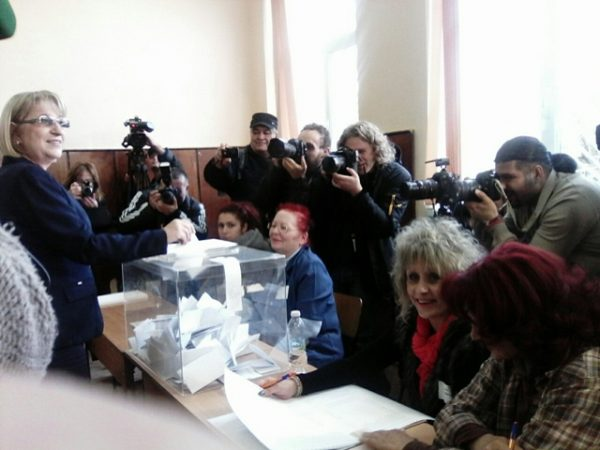 The campaign for Tsacheva, Speaker of the National Assembly from 2009 until early 2013 and again since October 2014, was based solely on the record of the Borissov government.